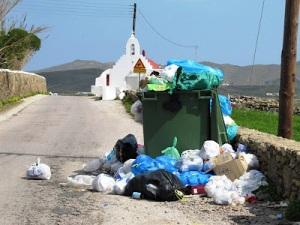 Μια εικόνα που πληγώνει την καρδιά του νησιού και δεν θέλουμε να ξαναδούμε. Ας κάνουμε λοιπόν τώρα μια αρχή!
