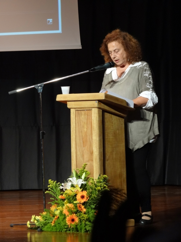 Η Ανδριανή Θεοχάρη, αρχιτέκτονας, -υποψήφια με την ΚΕΠΟΜ- στο Γρυπάρειο